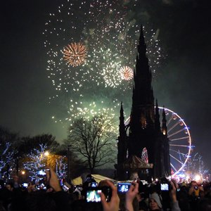 CELEBRATE NEW YEARS IN SCOTTISH STYLE