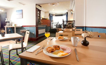 Breakfast included in our Edinburgh hotel room rates