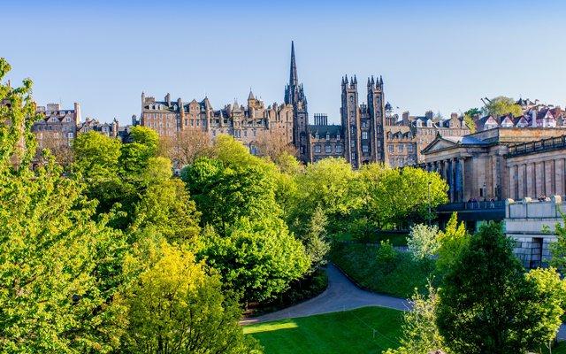 Explore Edinburgh city centre