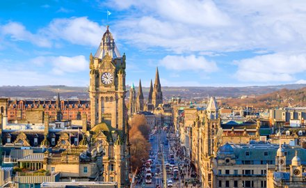 Stay in the centre of everything at our Hotel in Edinburgh city centre
